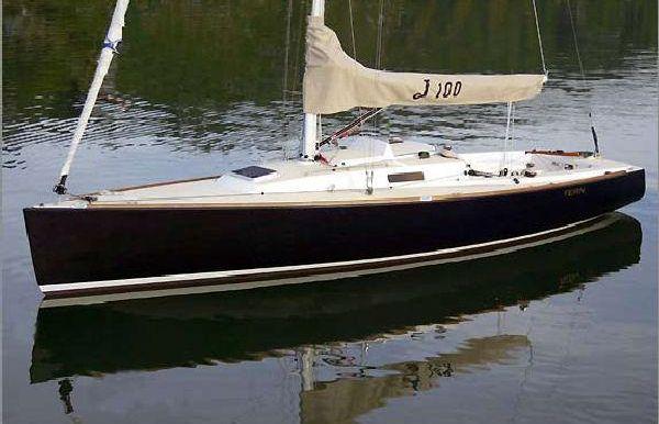 2017 J Boats J/100