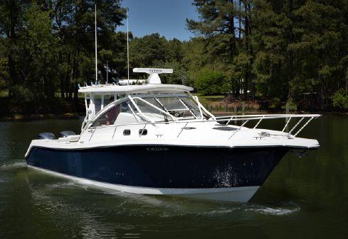 Edgewater 335EX Express image
