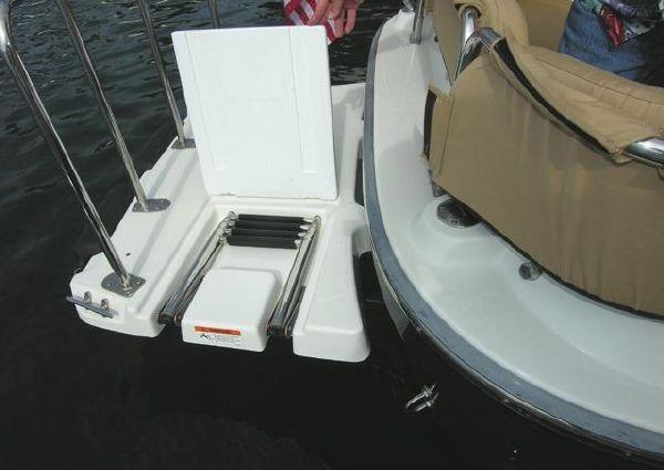 Ranger Tugs R21-EC image