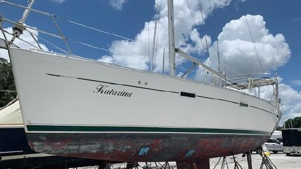 Sail Boats For Sale - Whiteaker Yacht Sales