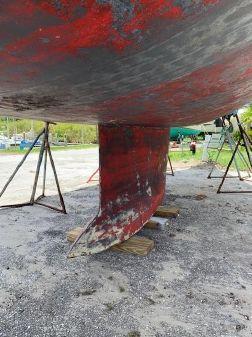 Beneteau 393 image