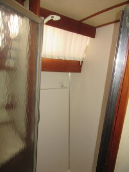 Marinette double cabin image