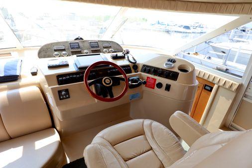 Cruisers Yachts 5000 Sport Sedan image