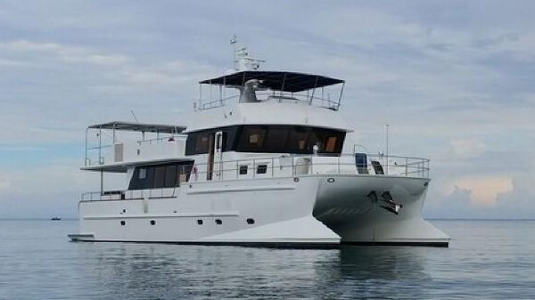 Trawler 67' Canadian Design Power Cat