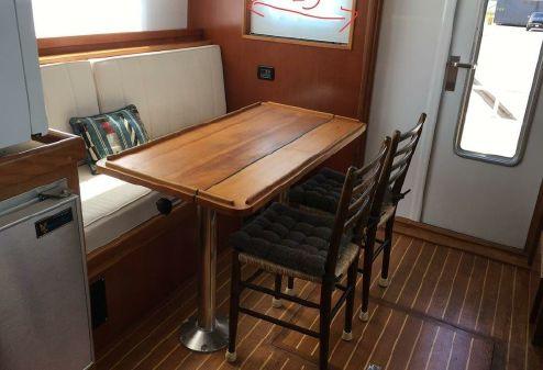 Trawler Cape Islander 43 image