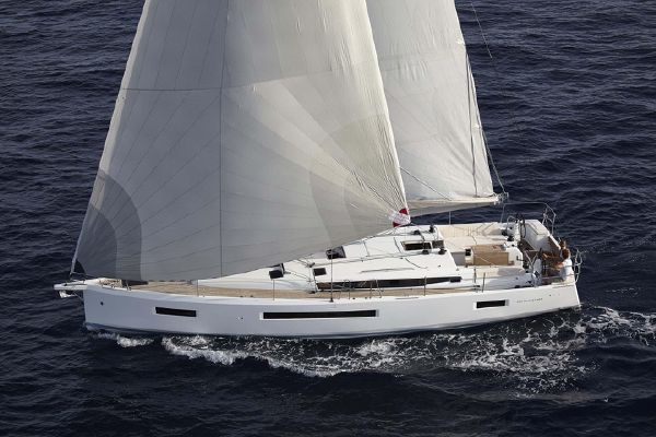 Jeanneau Sun Odyssey 490 In-Stock - main image
