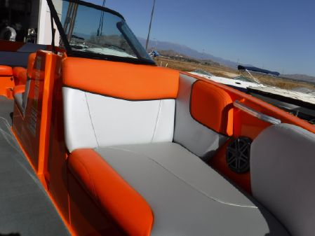 Mastercraft NXT 22 Surf Package image