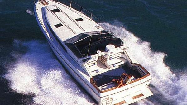 Sea Ray 390 Express Cruiser Sitership Photo
