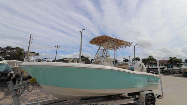 Pioneer 202 Sportfish