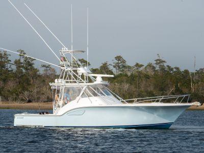 2005 Out Island<span>38 Express Custom Sportfish</span>