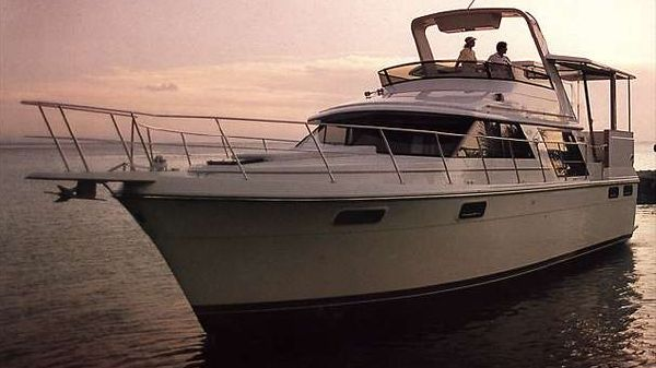 Carver 42 Aft Cabin Motoryacht Sistership Photo