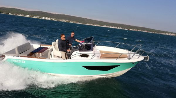 Focus Motor Yachts SUN