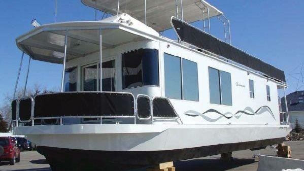 Skipperliner Aluminum Houseboat