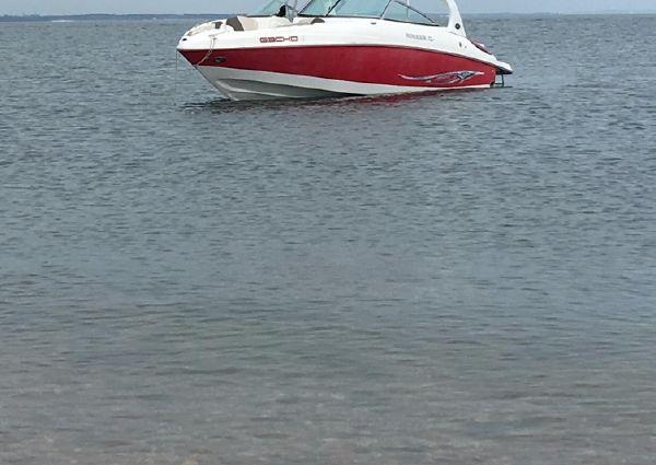 Rinker 262 Captiva Bowrider image