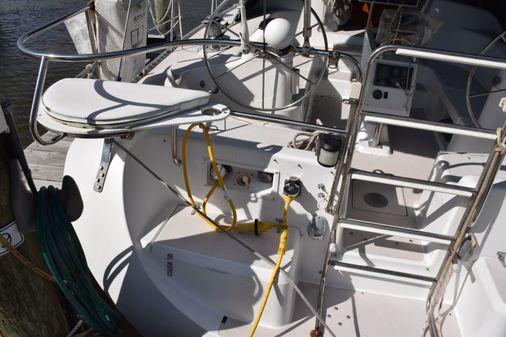 Catalina 400 image