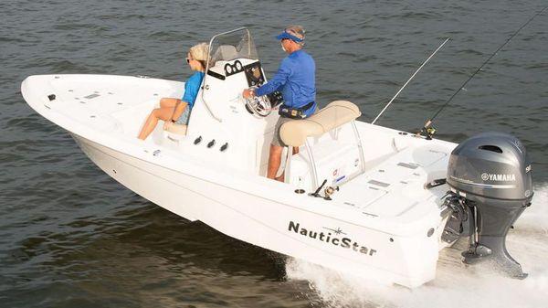 NauticStar 195 NauticBay