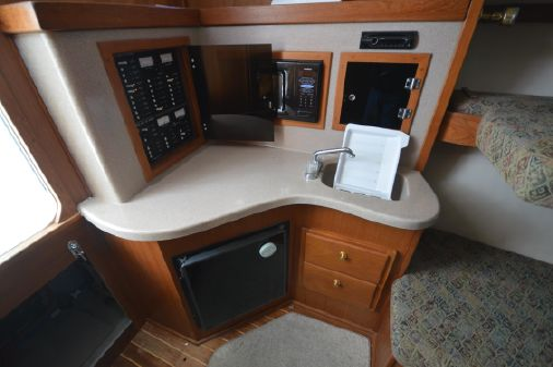 Albemarle 320 Express Fisherman image