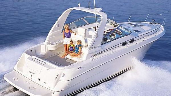 Sea Ray 310 Sundancer Manufacturer Provided Image
