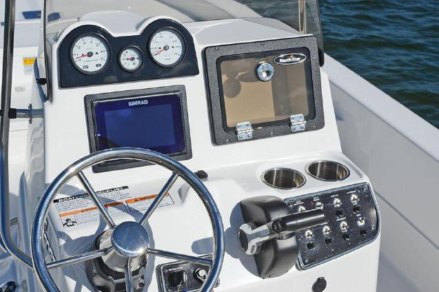 NauticStar 2400 Sport image