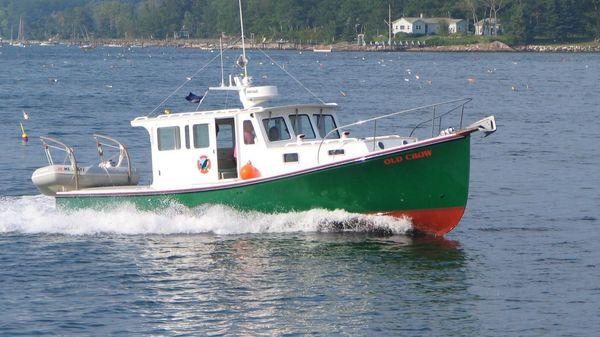 Holland 32 Downeast Hardtop Cruiser