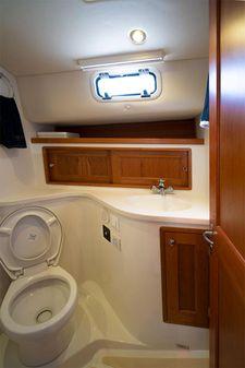 MJM Yachts 40z image