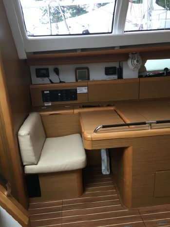 2011 Jeanneau 50DS Purchase New England