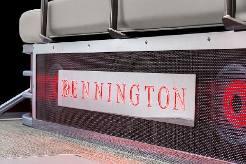 Bennington L 20 L-Bench image