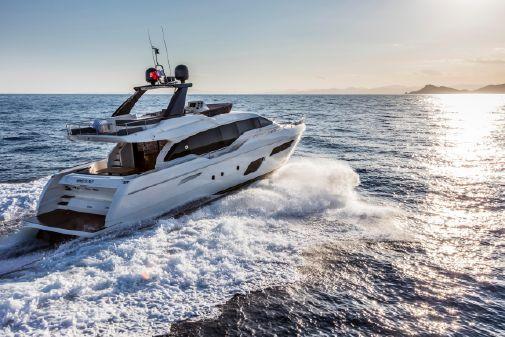 Ferretti Yachts 720 image
