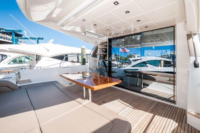 2015 Prestige 550 Flybridge Broker New England