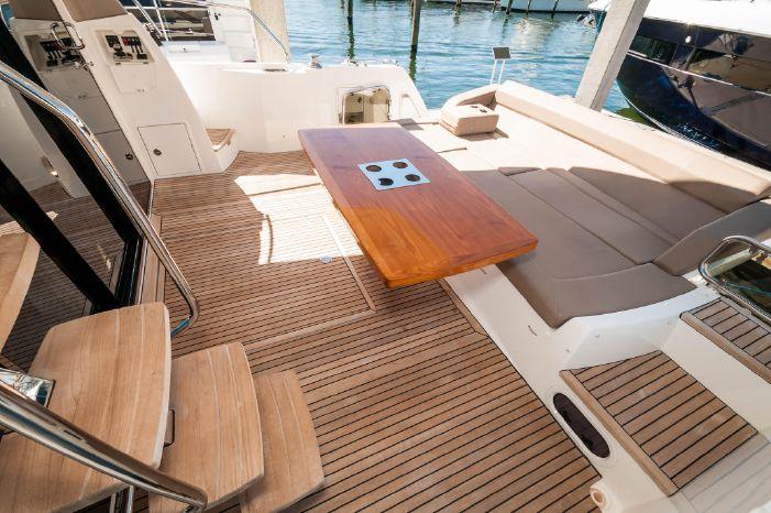 2015 Prestige 550 Flybridge Sell BoatsalesListing