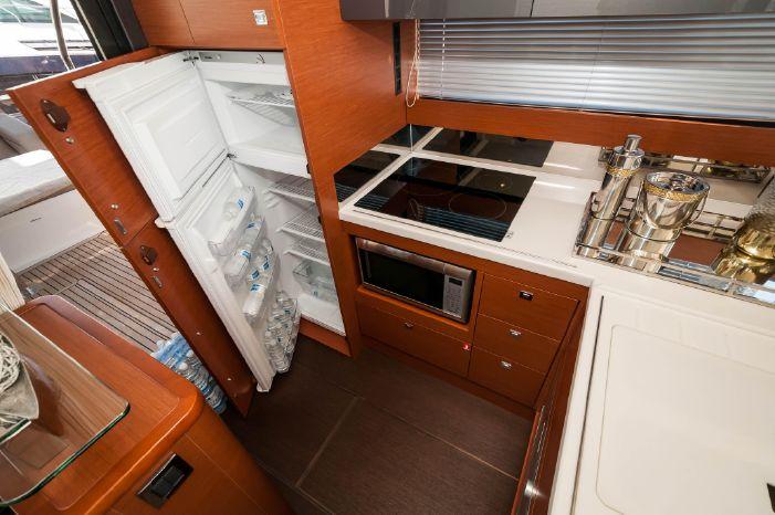2015 Prestige 550 Flybridge BoatsalesListing Connecticut