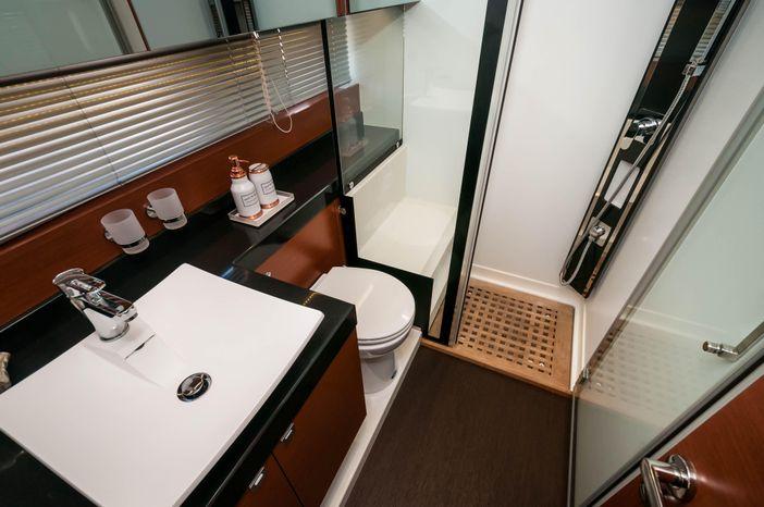 2015 Prestige 550 Flybridge Broker Brokerage