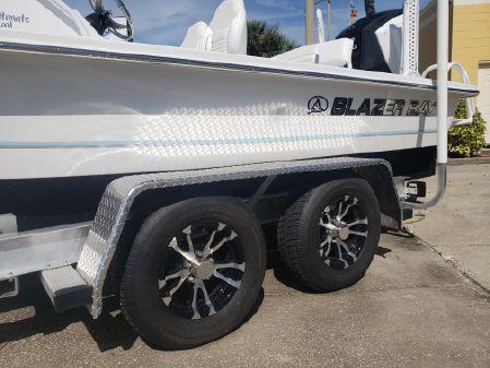 Blazer 675 Ultimate Bay image