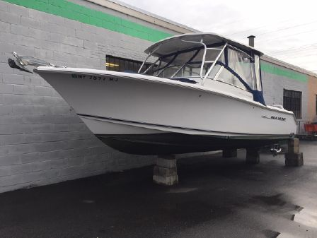 Sea Hunt 250 LE Escape image
