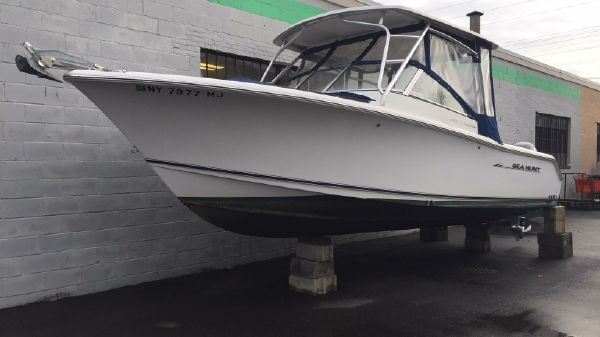 Sea Hunt 250 LE Escape