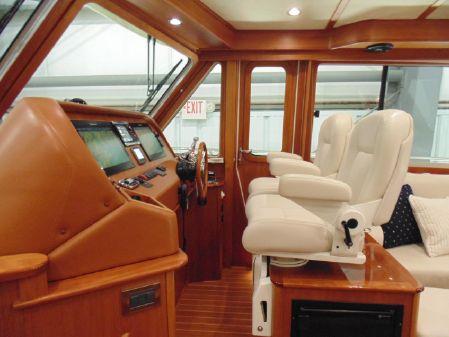 Sabre 48 Salon Express image