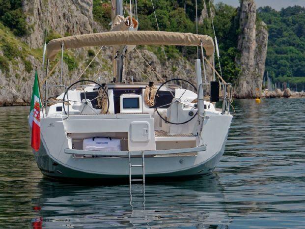 2018 Dufour BoatsalesListing Buy