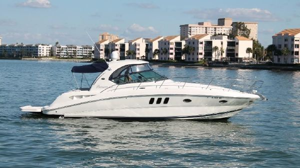 Sea Ray 380 Sundancer Hardtop