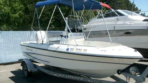 Glastron 16' Center Console