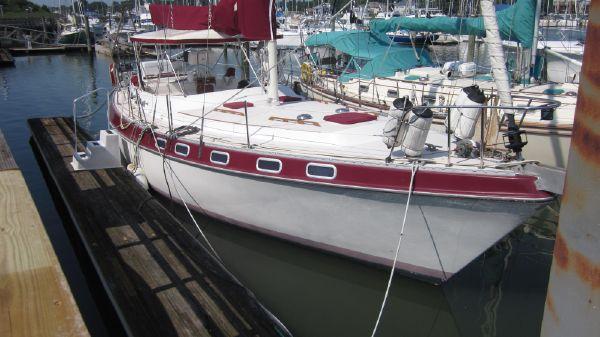 Catalina 41 Classic