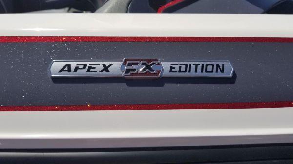 Skeeter FX 20