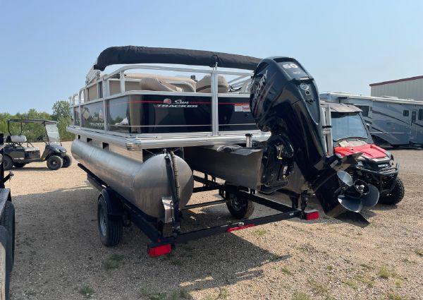 Sun Tracker Bass Buggy 18DLX image