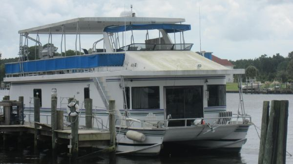New Orleans Catamaran House Boat