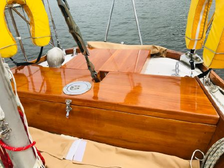 Hinckley Bermuda 40 image