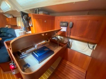 Hunter Passage 420 image