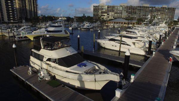 Ocean Motor Yacht