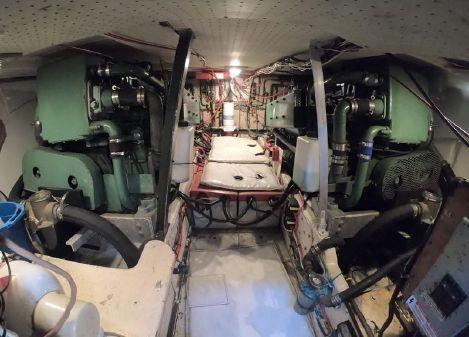 Uniflite Aft Cabin image