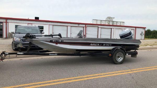 Aries 167 Fish & Ski