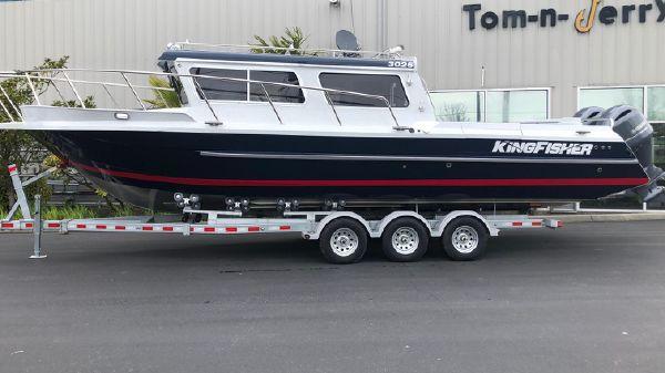 KingFisher 3025 Offshore Dest B3282