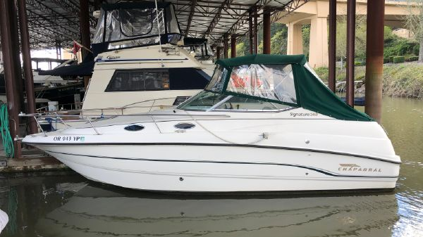 Chaparral Signature 240